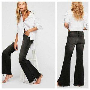 Free People Frayed Hem Flare Jeans Sz 25 NWT